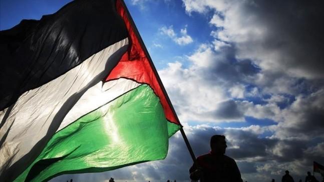 UCM'den tarihi Filistin kararı