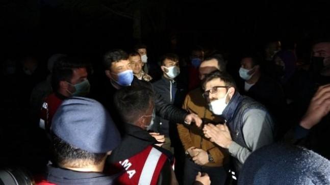 Genç kıza taciz iddiasını duyan köylüler toplandı, bölgeye çok sayıda jandarma sevk edildi