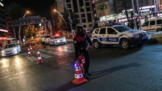 Son Dakika: 82 saatlik sokağa çıkma kısıtlaması başladı