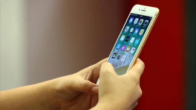 """iPhone'lara gelen """"Evde kal"""" uyarısının Vodafone'da yaşanan teknik arızdan kaynaklandığı öğrenildi"""